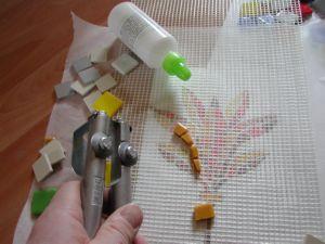 Fiche technique mosaique pose sur filet - Comment faire une mosaique en carrelage ...