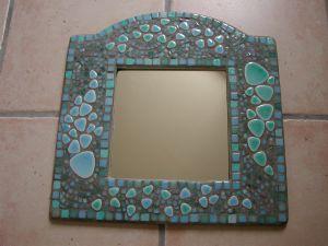 Miroir oriental galet mosaique modele image en mosaiques for Miroir galet