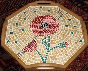 Plateau mosaique coquelicot modele en mosaiques de plateau chez made in mosaic - Modele mosaique pour plateau ...