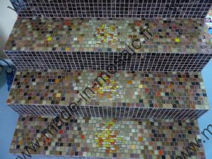 marche REALISATION MADE IN MOSAIC