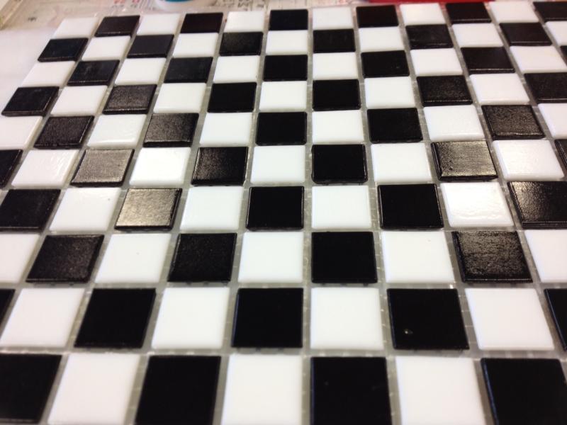 Mosa que p tes de verre au m mosa que blanc et noir damier 2 cm - Carrelage blanc joint noir ...