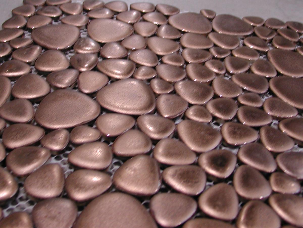 Mosaïque galets émaillés cuivre métallisée au M²- Vente en ligne de ...