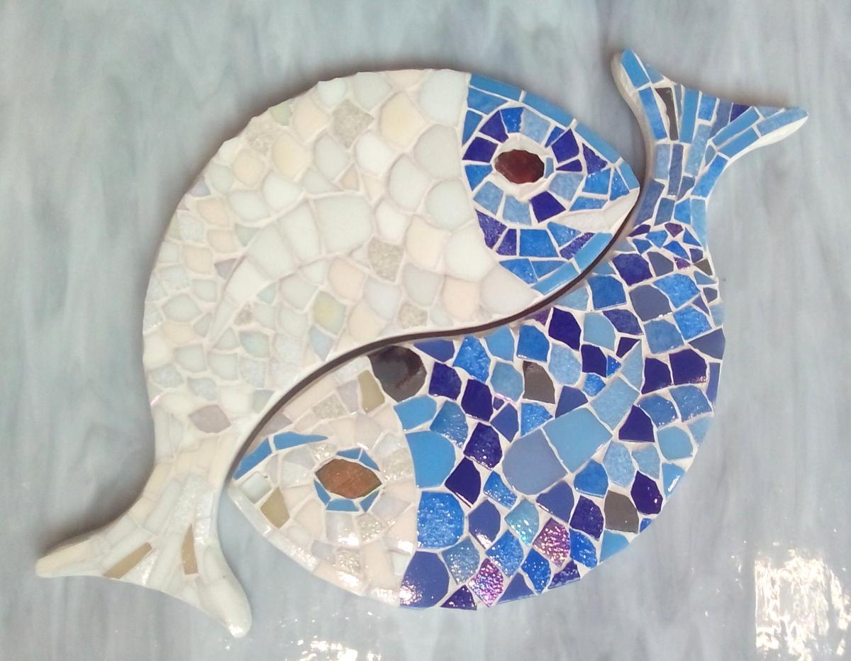 poisson carpes support mosa que entrelac s yin yang pour mosa que de verre chez made in mosaic. Black Bedroom Furniture Sets. Home Design Ideas