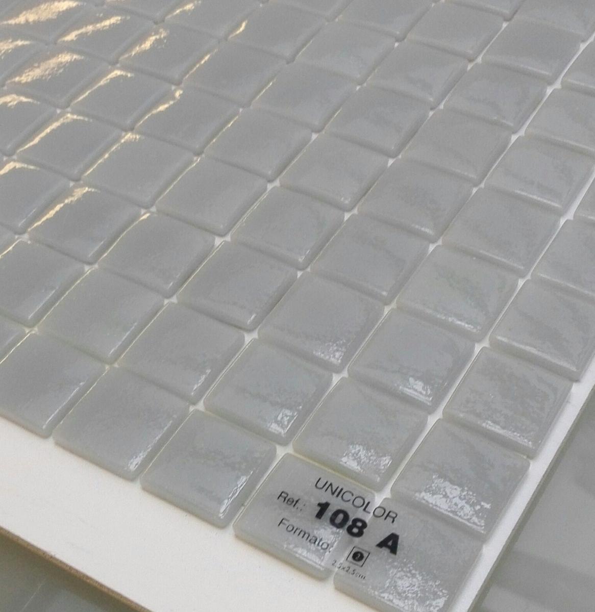 Gris souris mosaïque émaux brillant 2,5 cm pleine masse au M²