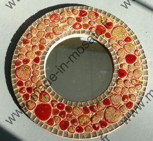 Miroir en mosaique de made in mosaic miroir rond et for Miroir rond mosaique