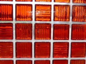 mosa que p te de verre transparente rouge plaquette mosa que de p te de verre translucide. Black Bedroom Furniture Sets. Home Design Ideas