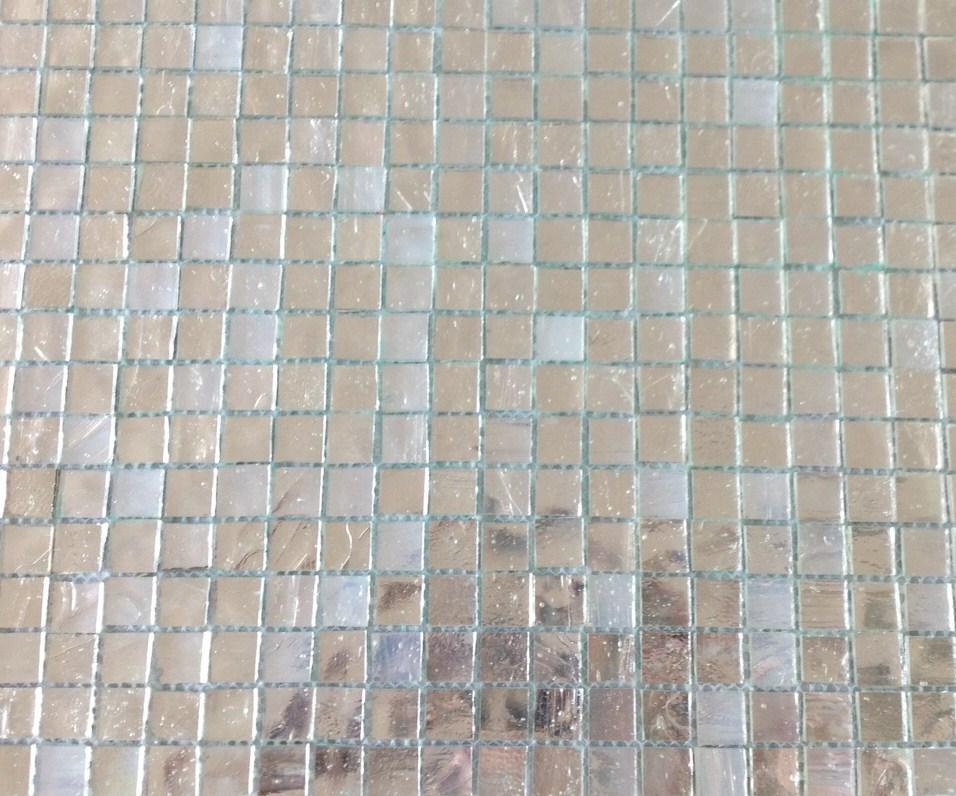 Mosa que miroir et verre mosaique argent lisse nacr 1 for Salle de bain mosaique blanche