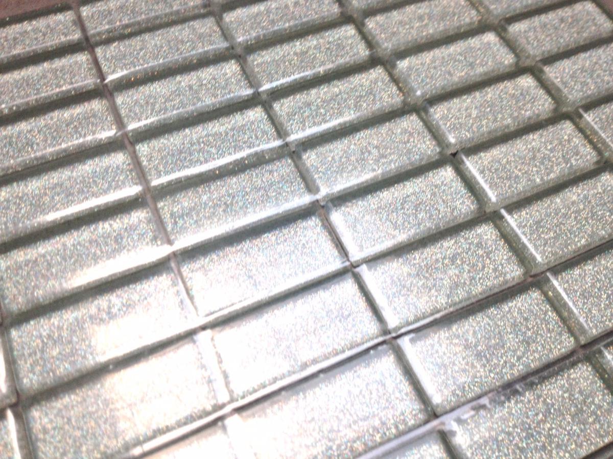 Recouvrir Frise Carrelage Salle De Bain argent mosaïque paillette rectangle 23 mm par 48 mm émaux vetrocristal par  plaque