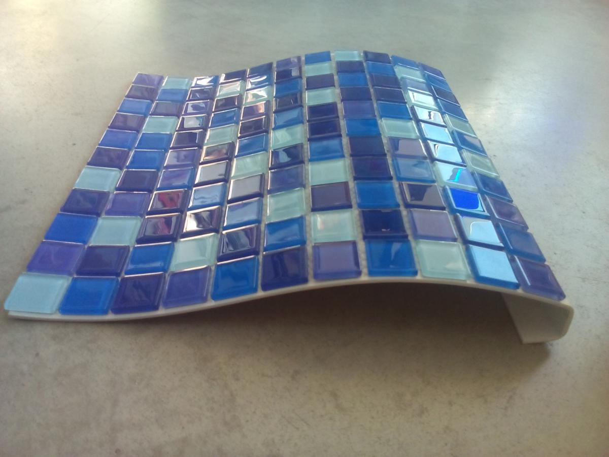 mosa que p te de verre translucide couleur bleu mix vente de mosa que salle de bain. Black Bedroom Furniture Sets. Home Design Ideas
