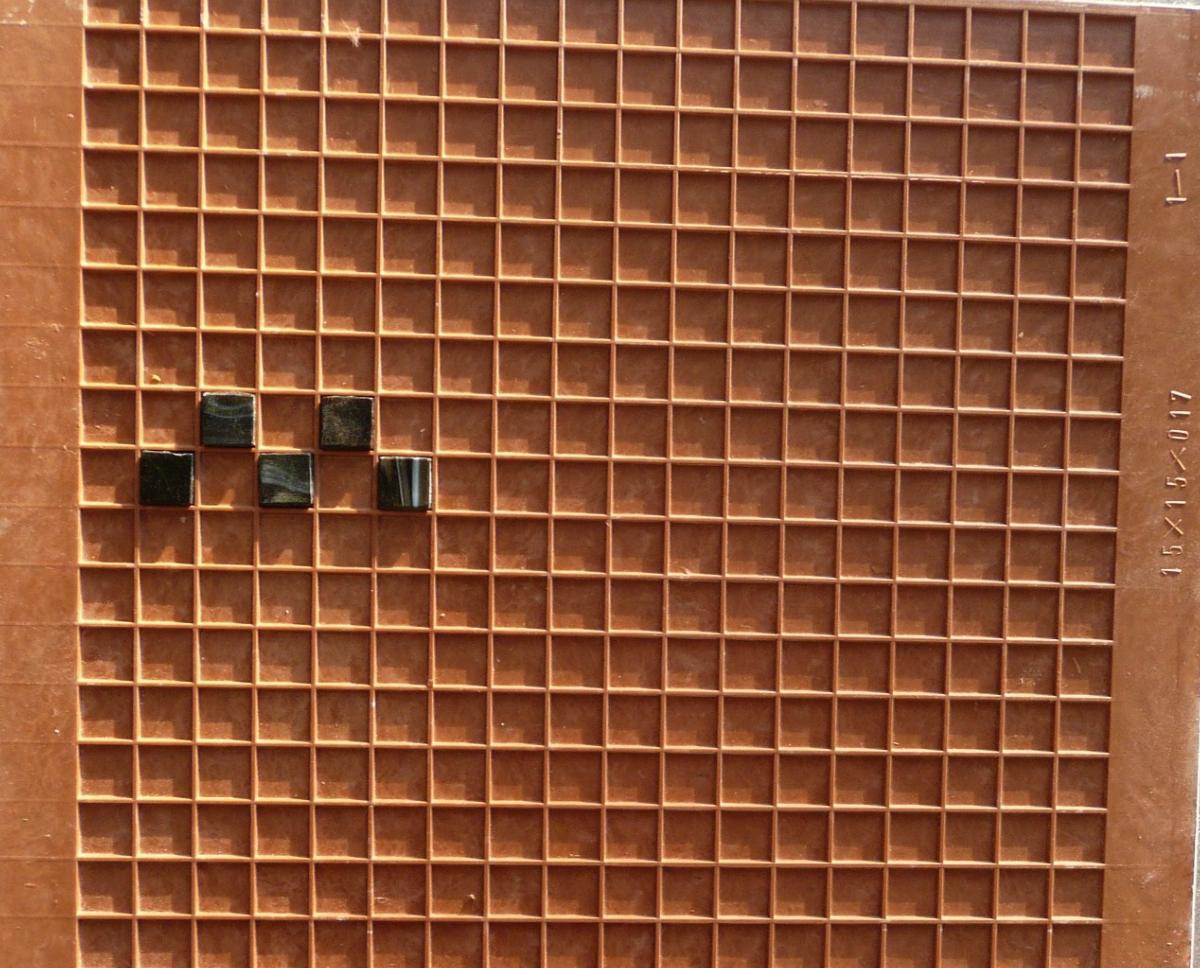 grille de montage micro mosa que achat grille de montage 1 5cm pour personaliser sa mosaique. Black Bedroom Furniture Sets. Home Design Ideas