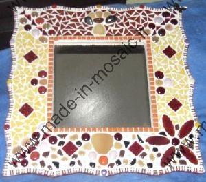 Made in mosaic propose une vari t de miroirs mosaique for Miroir en mosaique