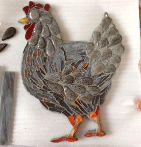 poule mosaique grise modele image poule grise en mosaiques chez made in mosaic. Black Bedroom Furniture Sets. Home Design Ideas