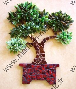 tableau arbre mosaique modele image en mosaiques arbre bonsai verre de chez made in mosaic. Black Bedroom Furniture Sets. Home Design Ideas