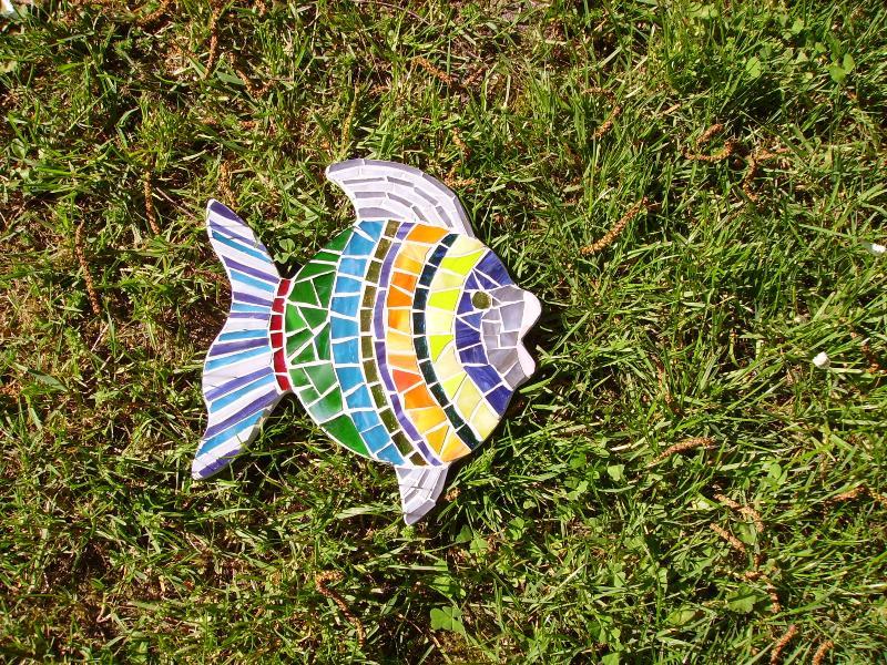 Poisson mosa que poisson 15 cm en mosa ques objet chez made in mosaic - Modele mosaique pour plateau ...
