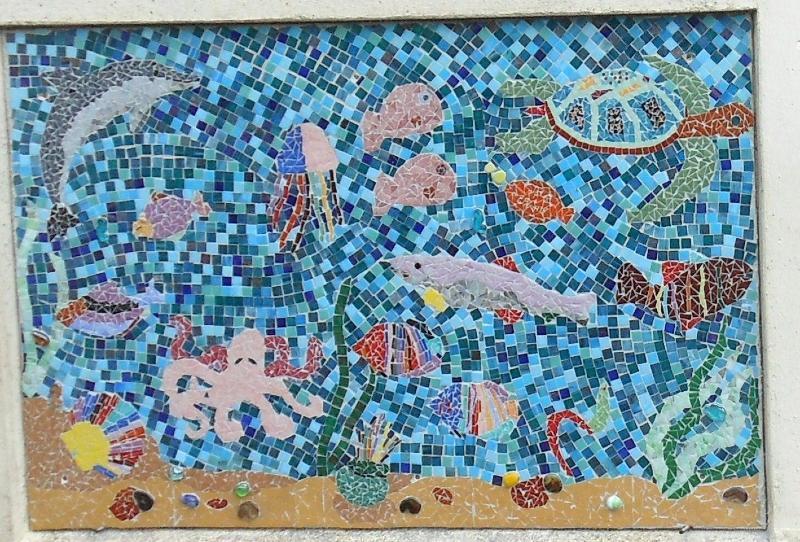 fresque marin de l 39 cole de montafilan modele de mosaique collective chez made in mosaic. Black Bedroom Furniture Sets. Home Design Ideas