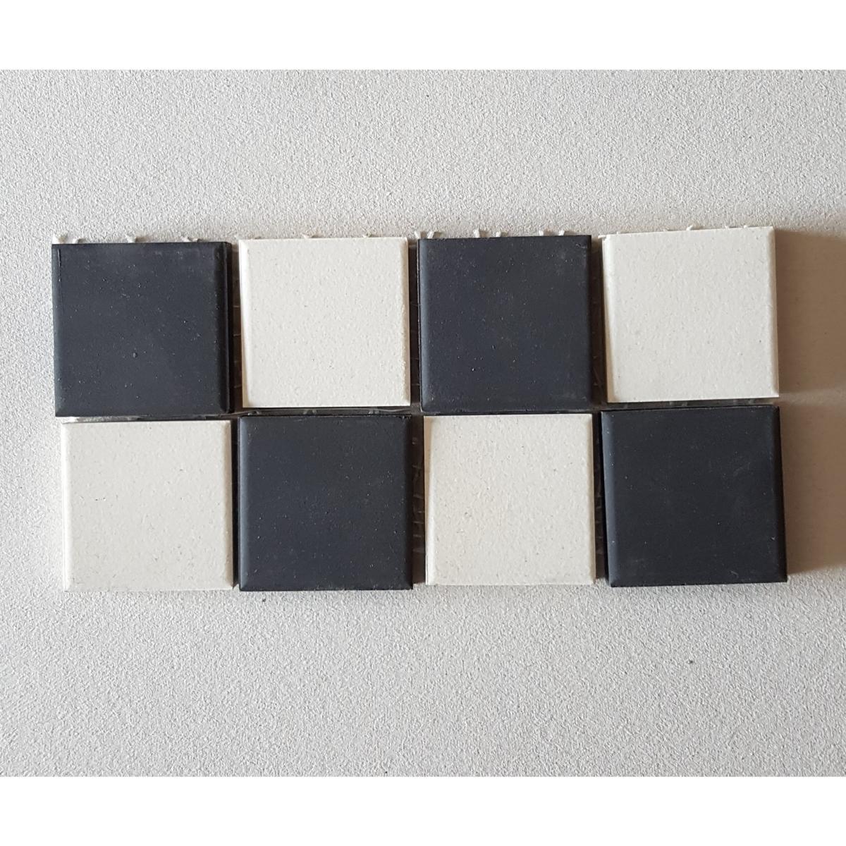Recouvrir Frise Carrelage Salle De Bain blanc noir frise damier avec grès 5 cm mosaïque carrelage grès pleine masse  par 2 ml